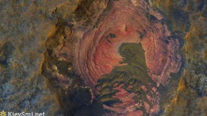 ВNASA показали удивительный снимок поверхности Марса