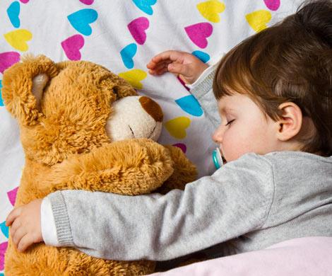 Дневной сон ускоряет развитие речи