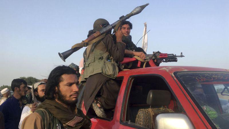Генерал США в отставке Петреус предупреждает, что у Талибана «есть импульс», чтобы взять под контроль Афганистан «в ближайшее время»