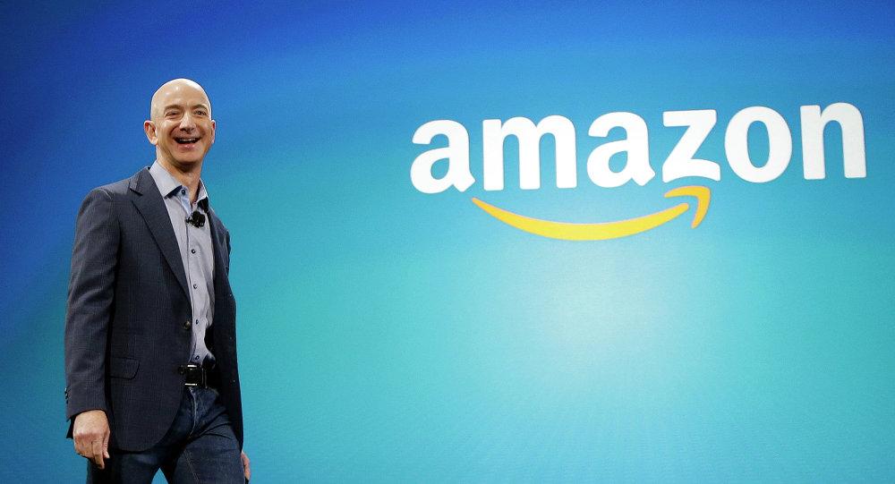 Amazon сообщает об огромных прибылях, поскольку генеральный директор Джефф Безос готовится уйти