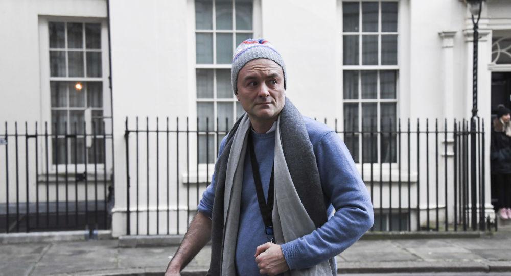 «Ужасные решения все отсрочили» Каммингс взрывает меры по борьбе с пандемией в Великобритании