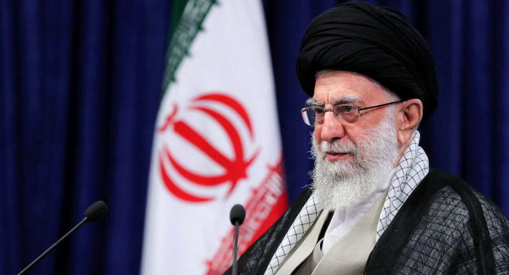 Иранский президент Хаменеи обвиняет «упрямых» США в том, что переговоры по ядерной проблеме застопорились.