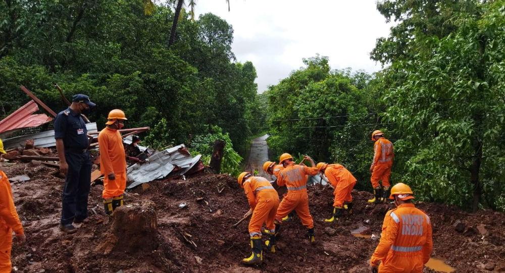 Наводнения в Индии: число погибших в штате Махараштра превысило 200 марок, выпущено предупреждение о сильном дожде