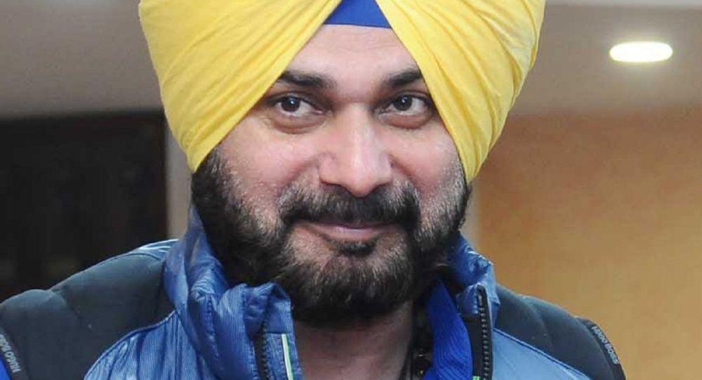 Скандал с партией Конгресса: помощник Навджота Сидху уходит после того, как заявил, что Индия «оккупирует Кашмир незаконно»
