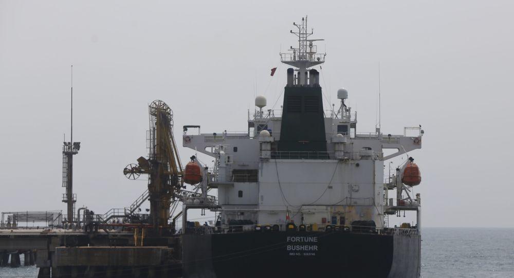 США вводят санкции в отношении оманского брокера, предположительно занимающегося контрабандой иранской нефти