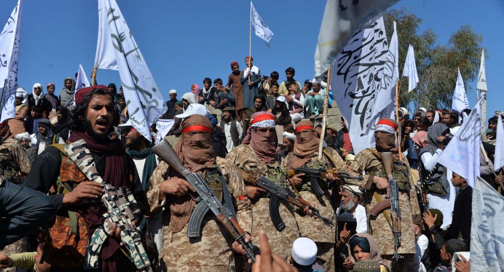 «Унизительный заключительный акт»: триумф талибов в Афганистане на фоне поспешного ухода США доминирует в мировой прессе
