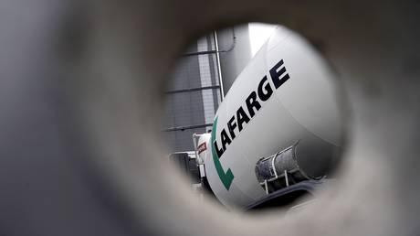 Французская разведка знала, что цементный гигант Lafarge заплатил МИЛЛИОНЫ ИГИЛ и нажился на своих связях с террористами