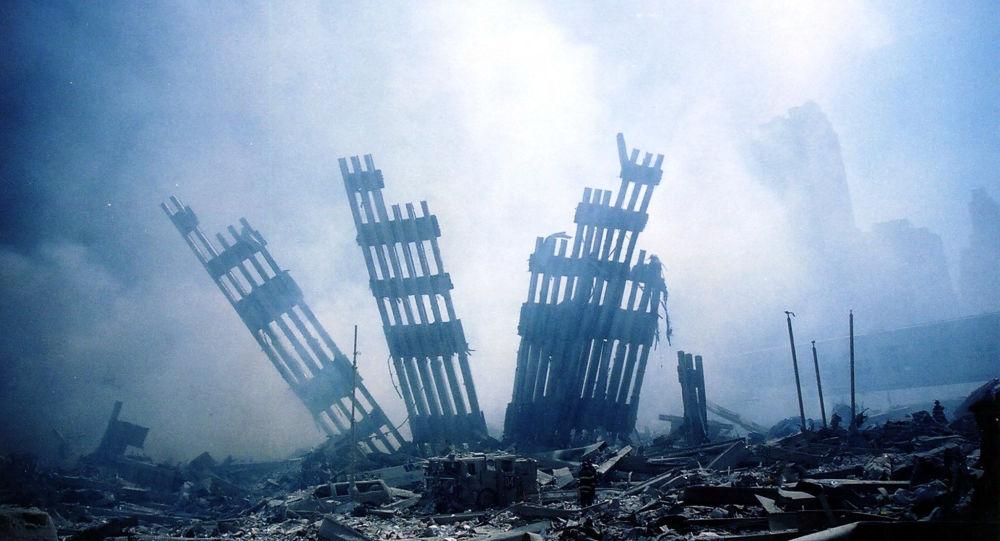 По утверждениям бывшего агента ФБР, угонщиков 11 сентября поддержала агентская сеть Саудовской Аравии в США