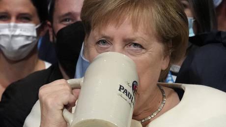 Согласно новому опросу, 52% немцев не пропустят канцлера Ангелу Меркель за день до всеобщих выборов
