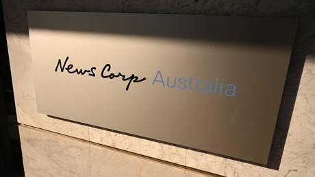 Высокий суд Австралии постановил, что новостные агентства могут быть привлечены к ответственности за комментарии под их сообщениями в социальных сетях