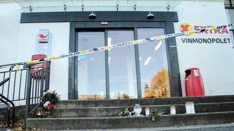 Новообращенный мусульманин, обвиненный в убийстве 5 человек в Норвегии, передан службам здравоохранения для оценки, сообщил прокурор