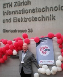 Steve in front of MAM 2016 meeting site in Zurich - A-Fib.com