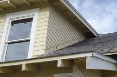 窓の防音シートは室外の騒音を防ぐ!ニトリの防音商品も必見