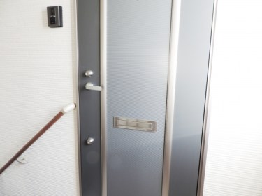 アパートを新築する場合は玄関ドアの幅にも意識を向けよう!