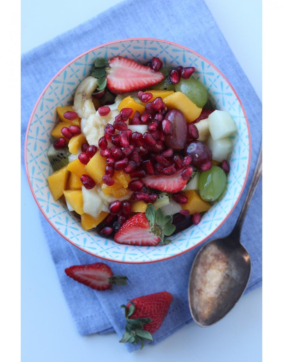 Romminen hedelmäsalaatti
