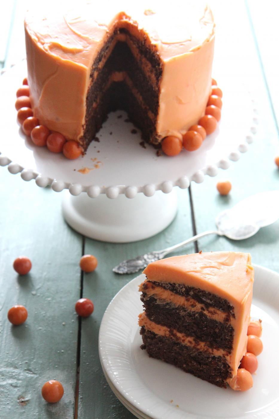 Gluteeniton syksyinen suklaakakku