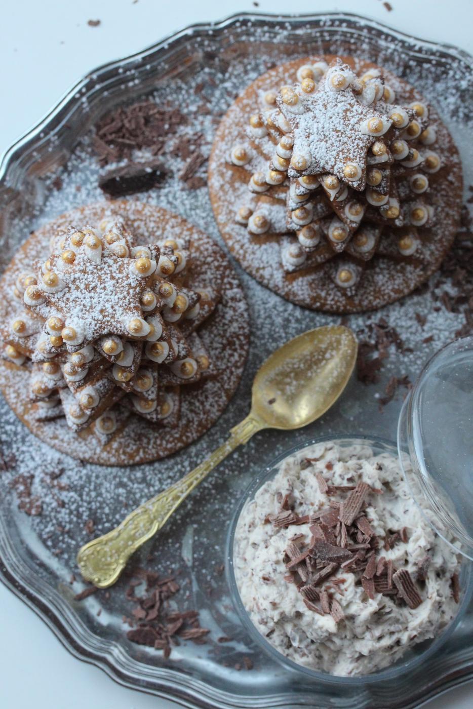 Piparitalkoita ja suklaakaakaota