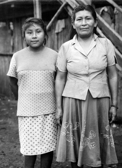 Veronica Wambutsar et sa fille