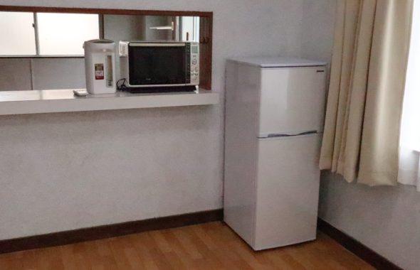 冷蔵庫・電子レンジ・ポット準備しました