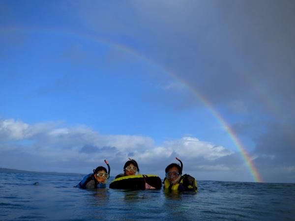 早朝★秘密の洞窟ツアー!貸切の洞窟・サンゴ礁の海を満喫♥