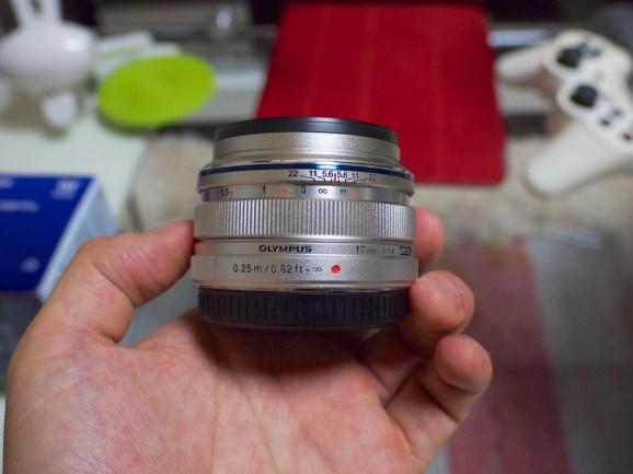 初めての単焦点レンズです