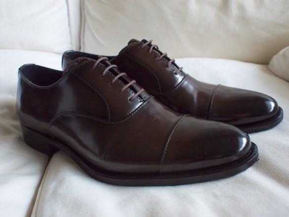 Amazonで靴買った