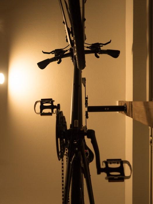 真下からも自転車を見れる