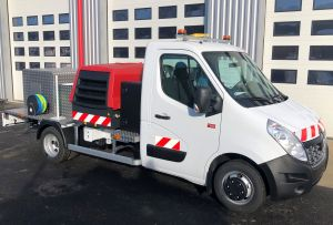 TR1000 truck-mounted winch