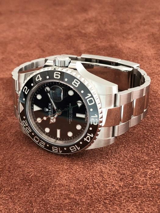 ロレックス(ROLEX)GMTマスター2 Ref.116710LN SS 黒文字盤 ブラックベゼル 未使用の正面から全体