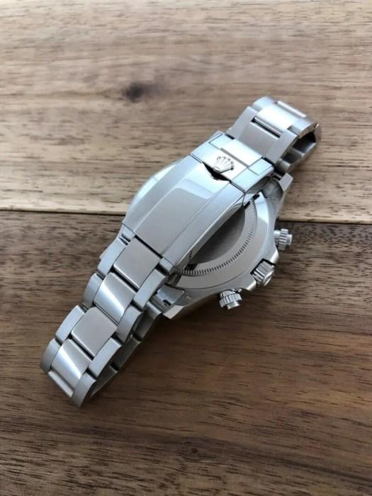 ロレックス デイトナ 116509NG 18KWG ブラックシェルダイヤ 未使用のバックル側から全体の画像。