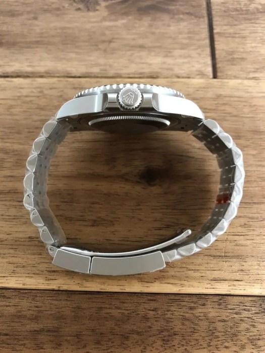 未使用 ロレックス GMTマスター2 126710BLNR ブラック(黒) 名古屋 竜頭側から