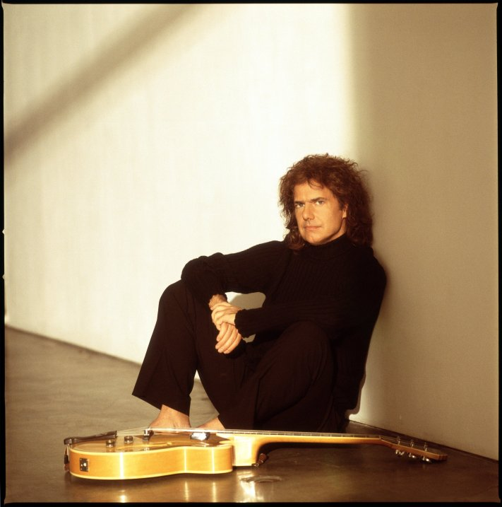 Vancouver, March 11, 2002 - Pat Metheny in an undated handout photo. [PNG Merlin Archive]