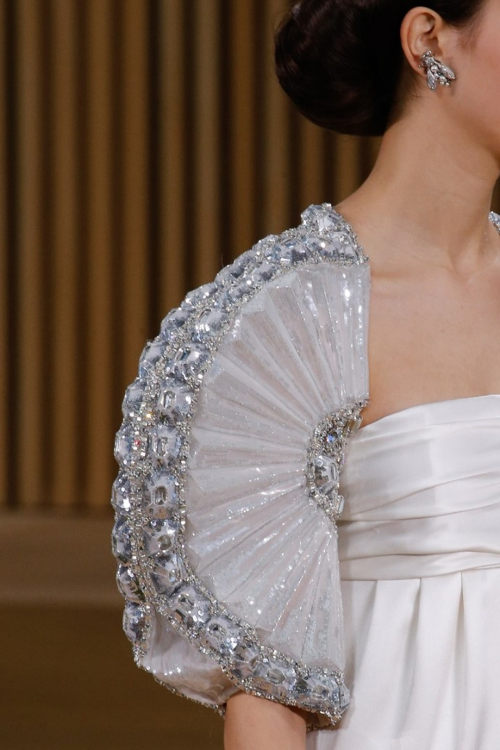 chanel-haute-couture-spring-2016-details-4-720x1080