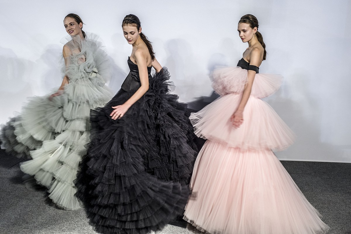 Giambattista Valli Spring 2016. Photo: Rick Hawks