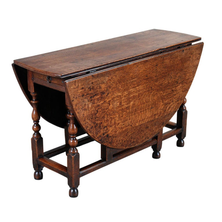 Queen Anne Coffee Table Set