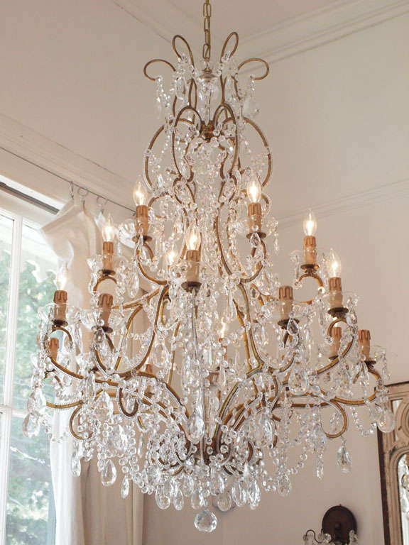 Large Italian Chandelier With Murano Glass Crystals 2