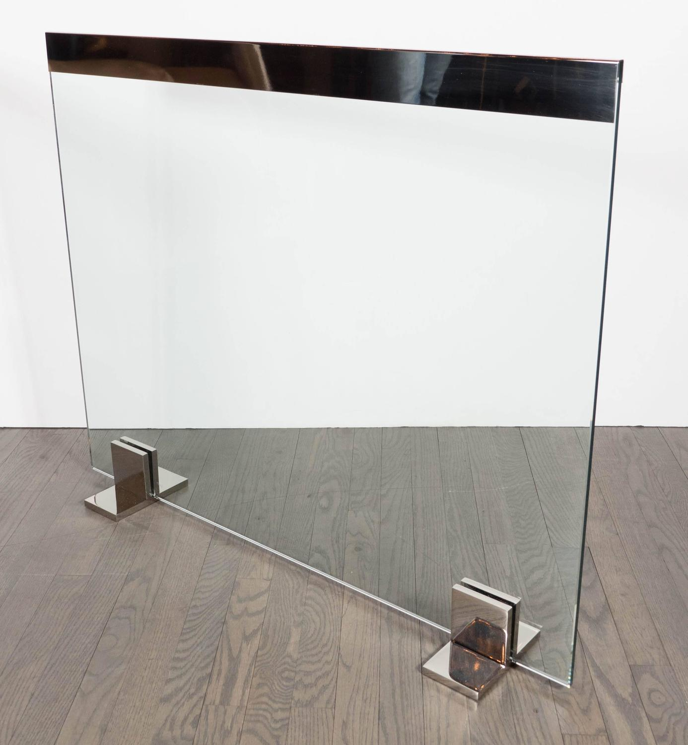 Custom Modern Tempered Glass Fire Screen With Polished