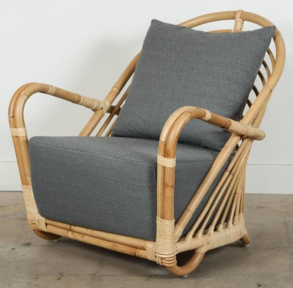 Charlottenborg Chair by Arne Jacobsen For Sale at 1stdibs