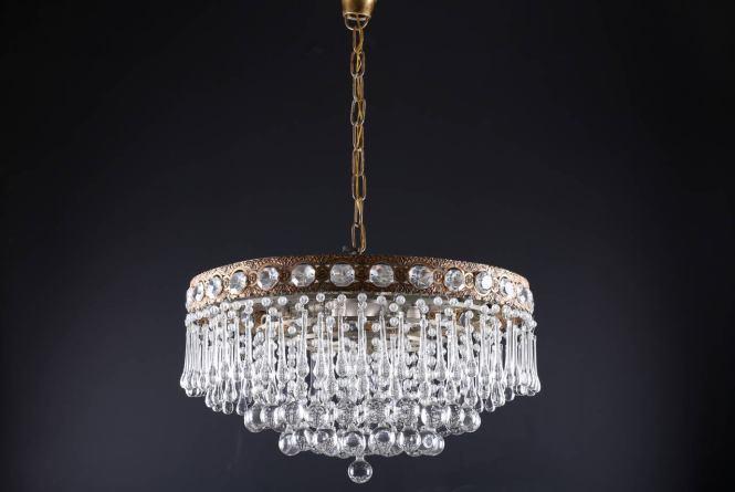 Gilded Brass Vintage Teardrop Crystal Glass Chandelier Circa 1970s 3