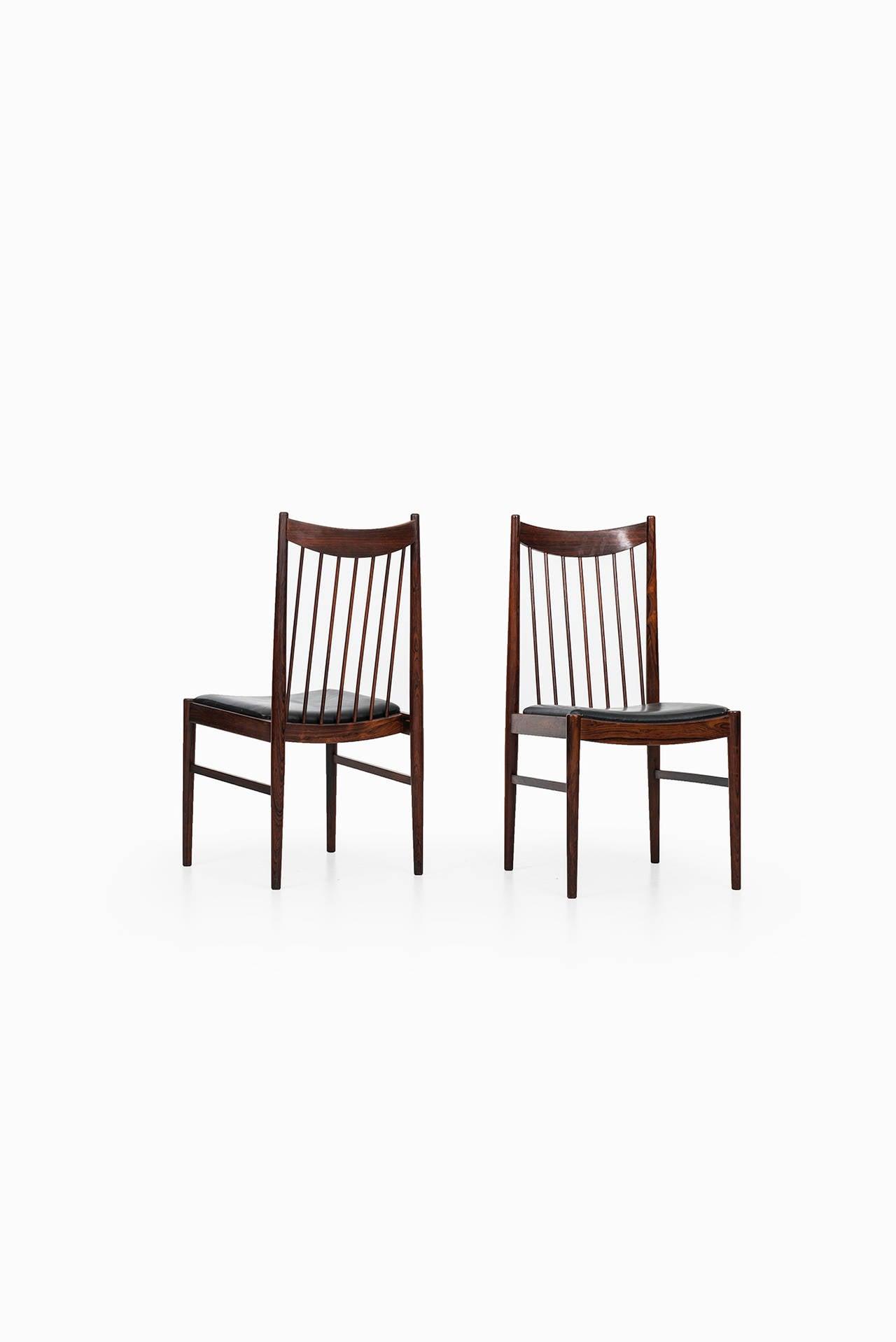 Arne Vodder Dining Chairs Model 422 By Sibast In Denmark