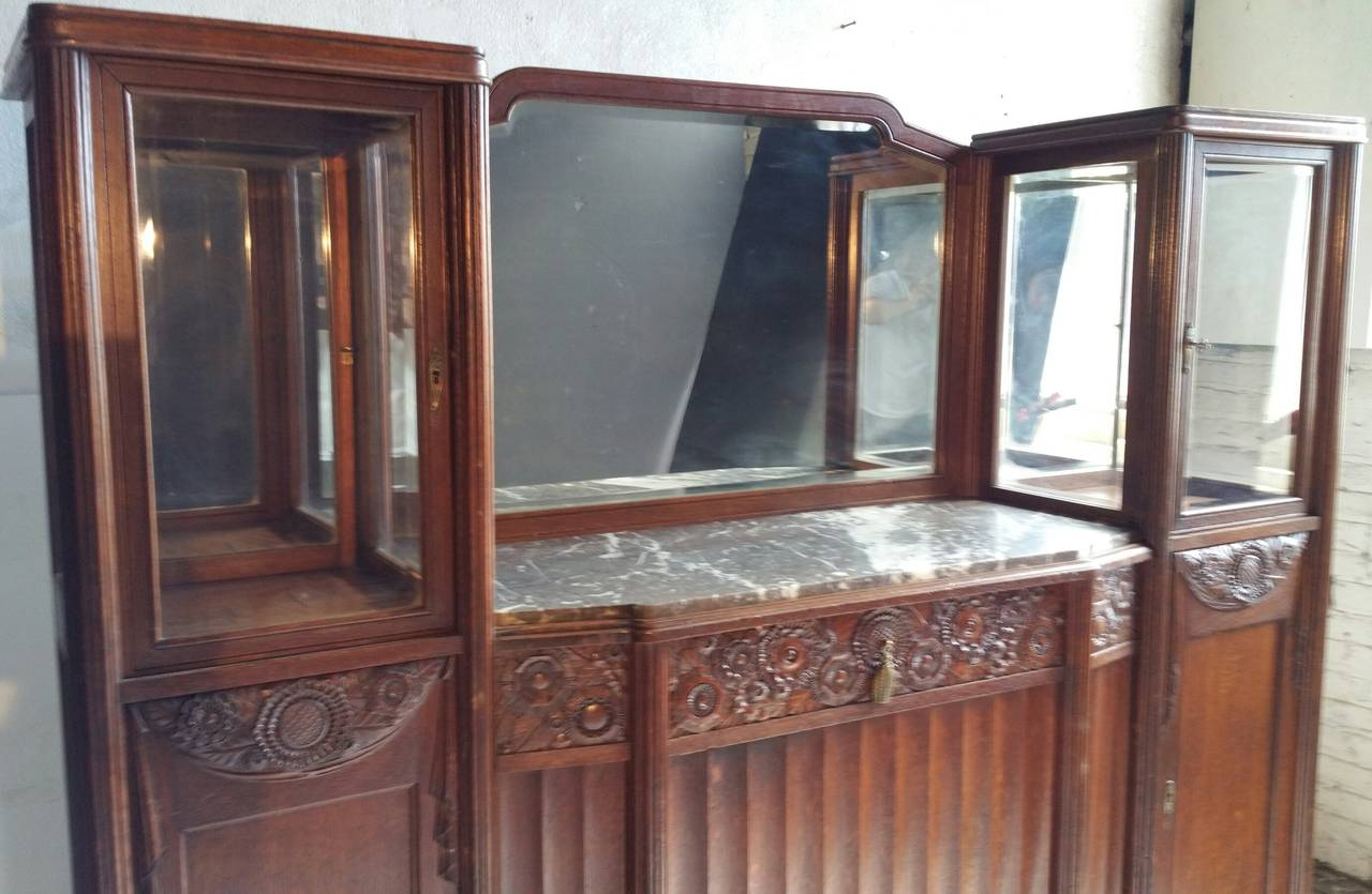 French Art Deco Vitrine Or Cabinet In The Manner Of Paul