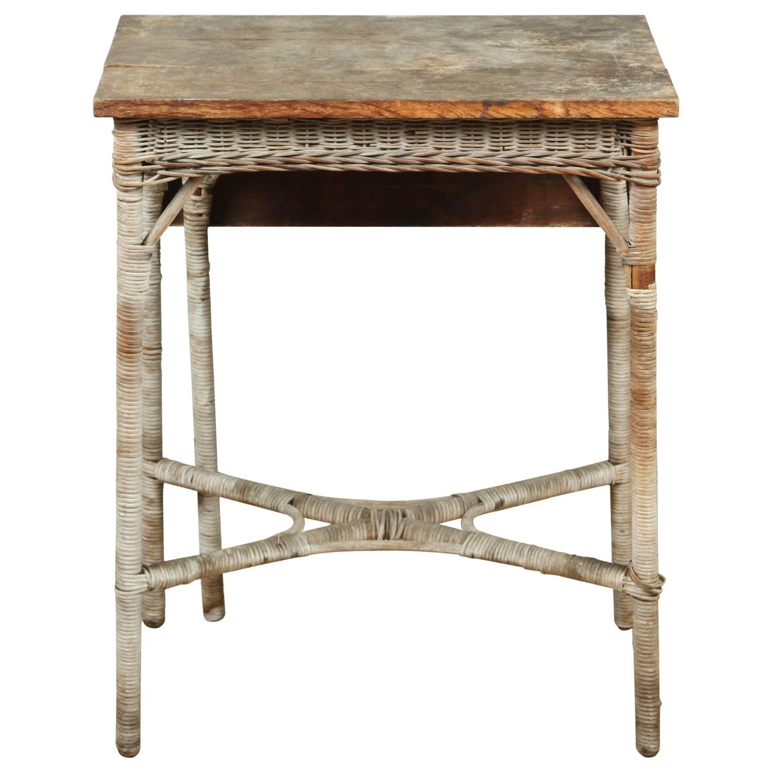 Vintage Wood And Wicker Small Gate Leg Table At 1stdibs