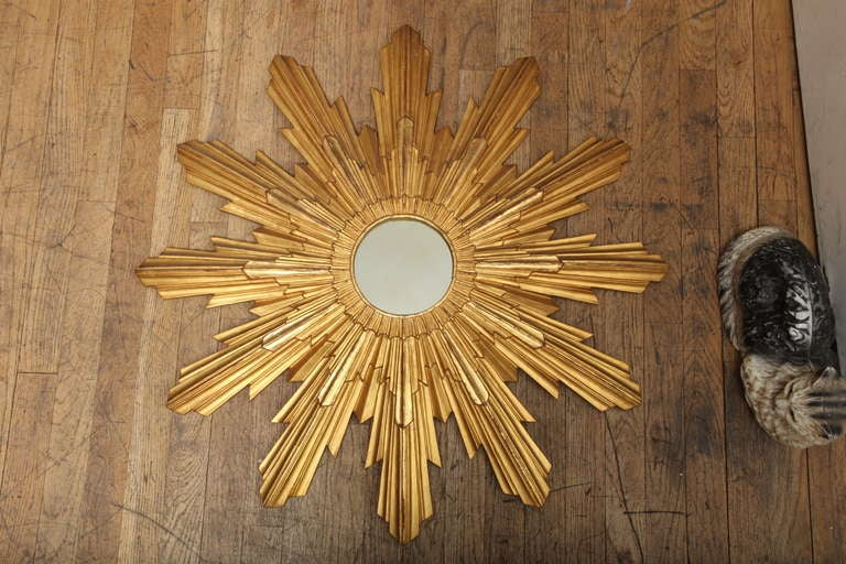 An Italian Round Carved Gilt Wood Sunburst Mirror At 1stdibs