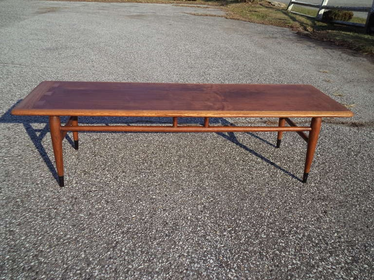 Mid Century Modern Coffee Table By Lane At 1stdibs