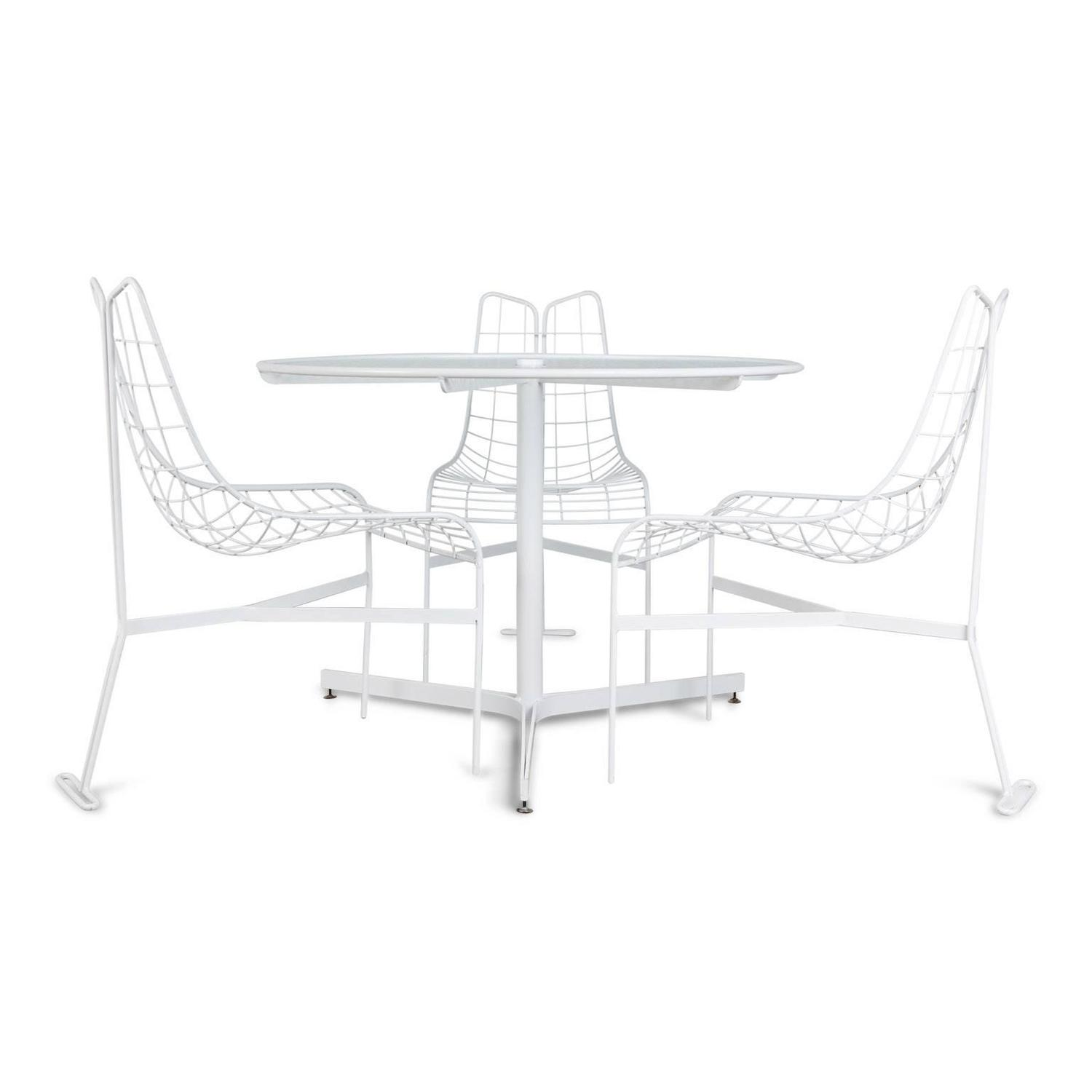 Vladimir Kagan Capricorn Outdoor Dining Chairs And Table