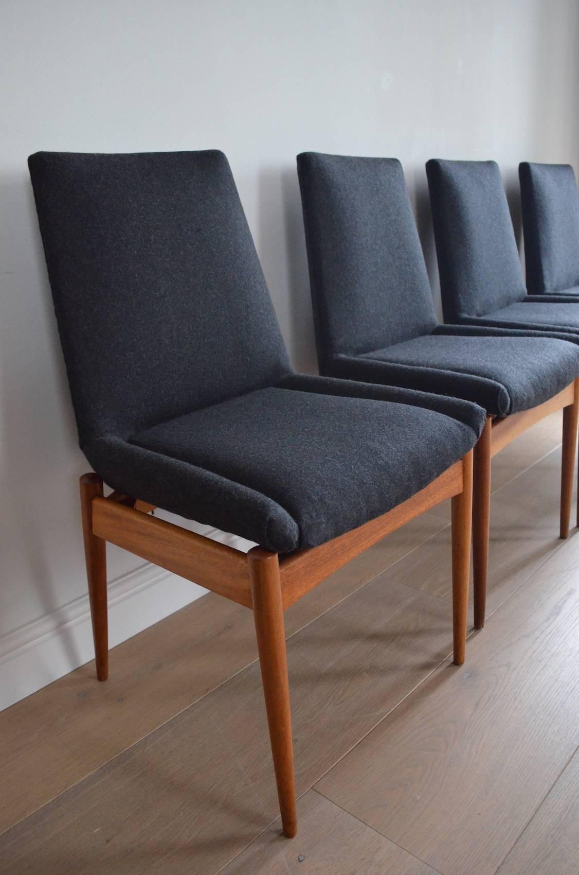 Robert Heritage Hamilton Dining Chairs At 1stdibs