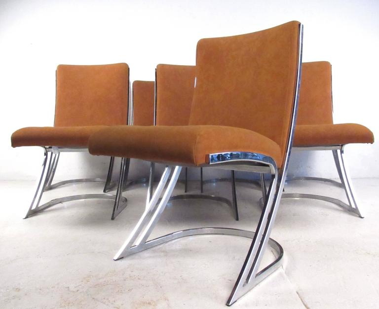 Set Of Eight Vintage Chrome Cantilever Dining Chairs For