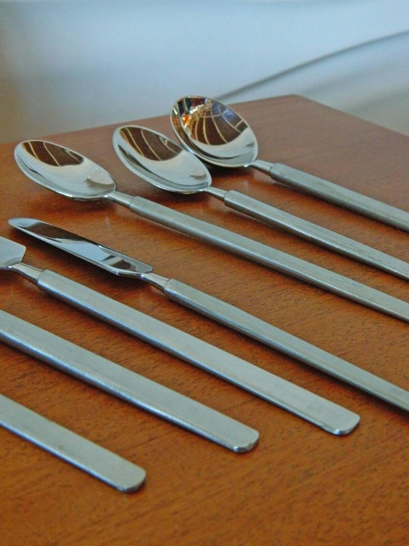Knives Silver Spoons Forks Dealer