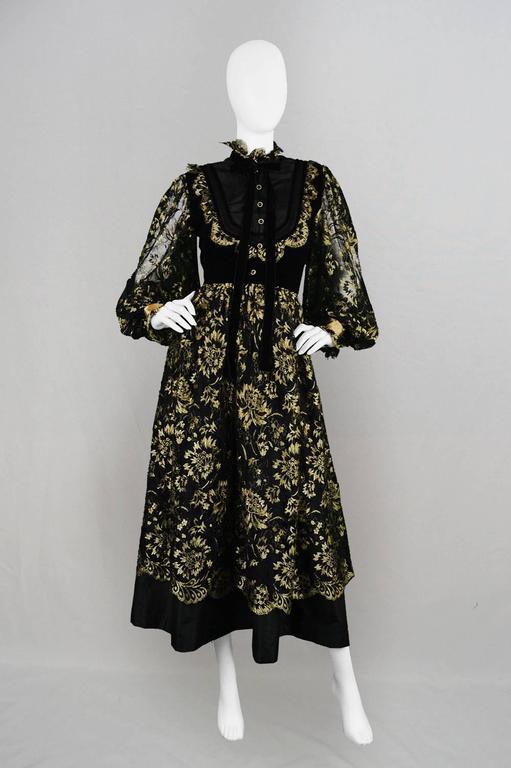 Emanuel Ungaro Boutique 1980s Black And Gold Lace Velvet