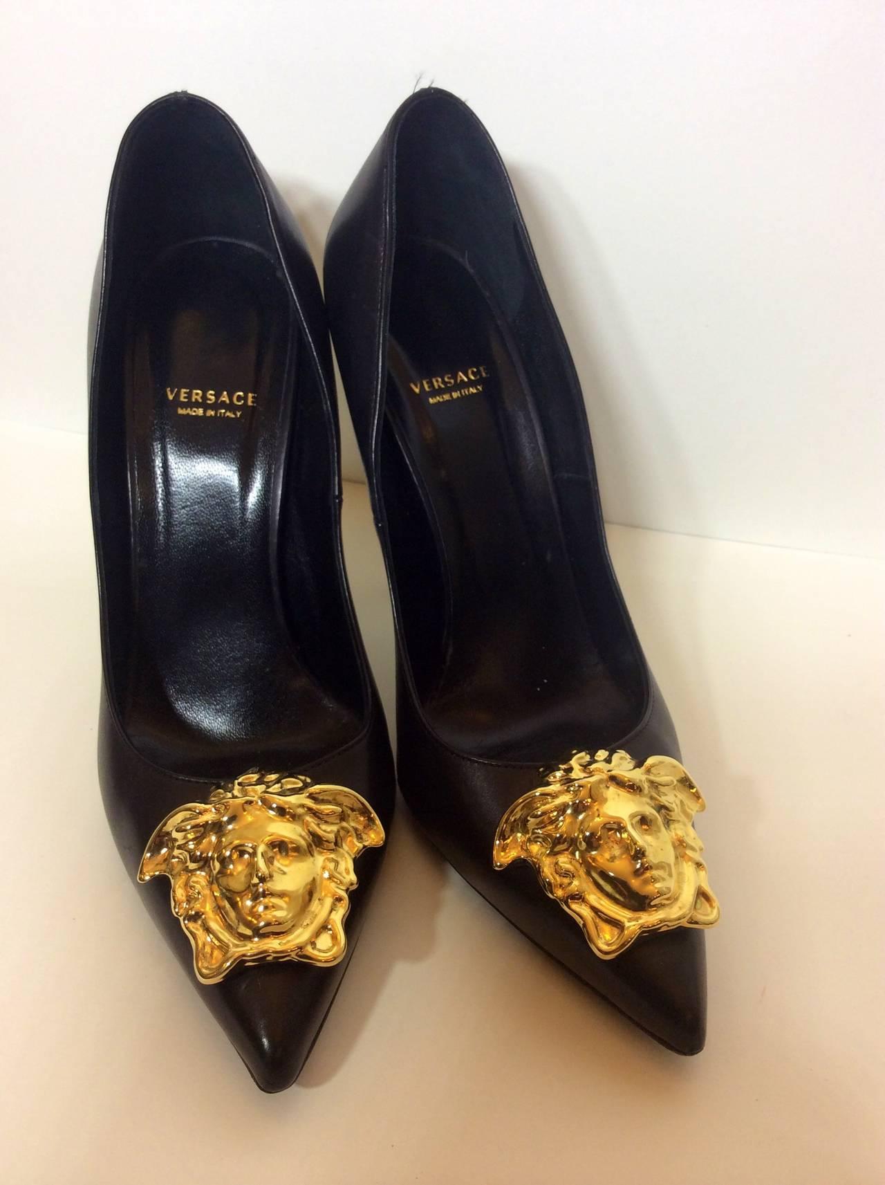 Versace Palazzo Stiletto Gold Medusa High Heels 39 12 At